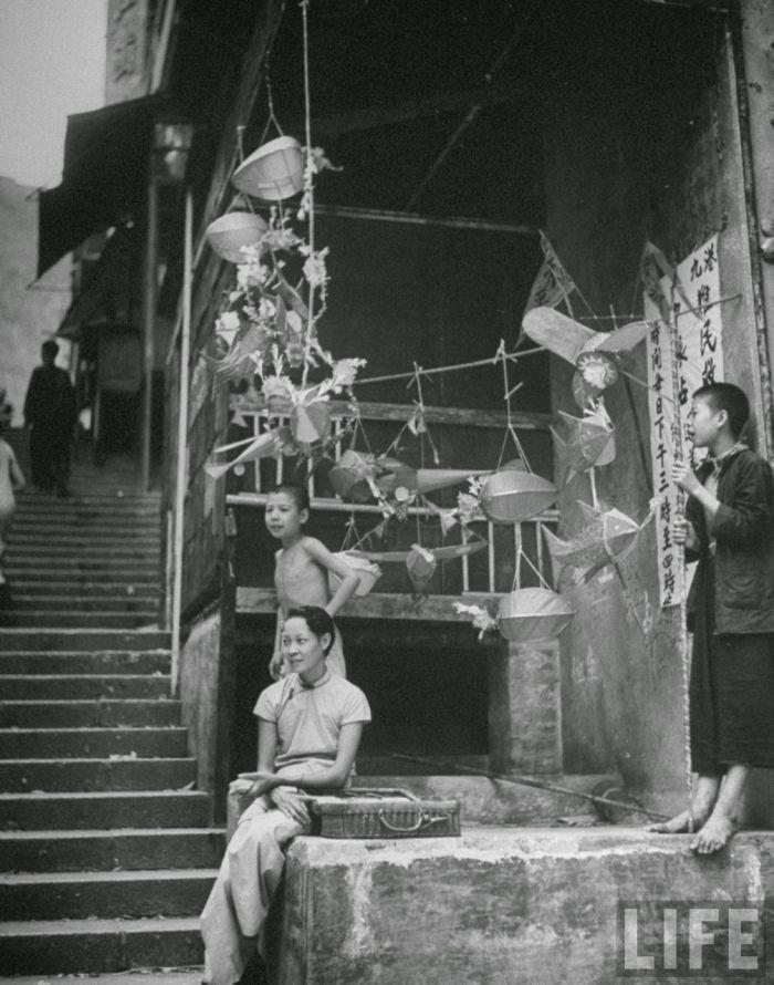 City-life-Hong-Kong-1945-04