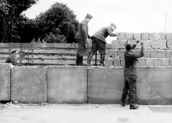 RENOVATION DU MUR DE BERLIN 1962