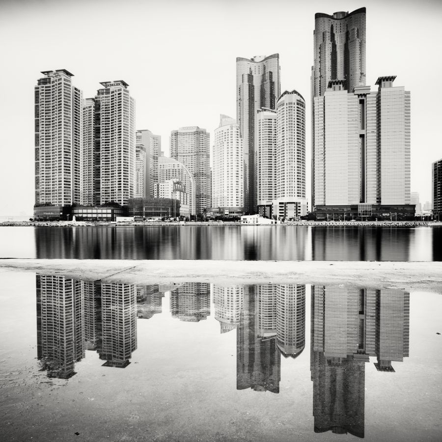 © Martin Stavars Haeundae Marine City, Study 1, Busan, South Korea, 2011
