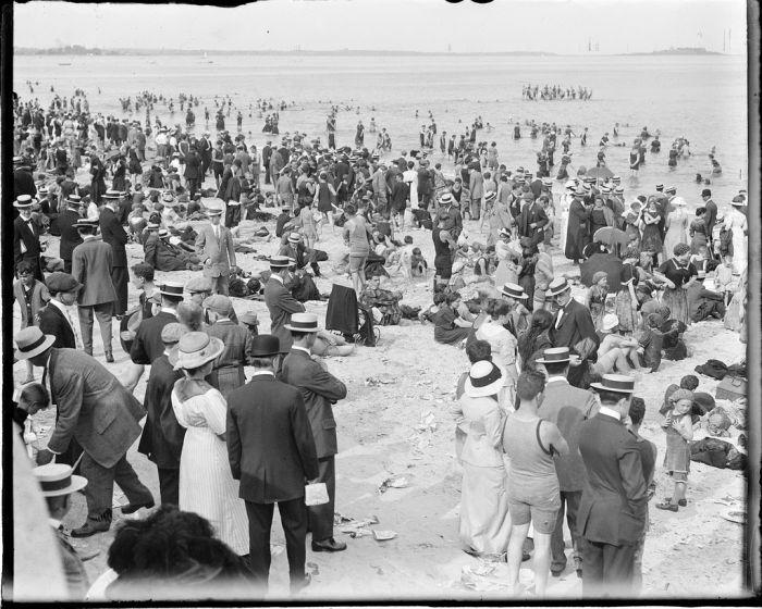 Life-of-Boston-1920s-07