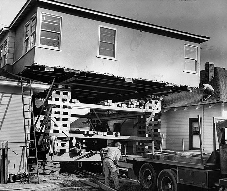 Los-Angeles-House-Moving-1960s-02