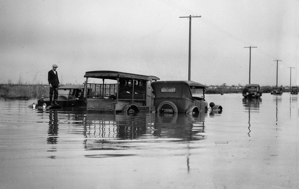 Los Angeles-flood-1920s-01