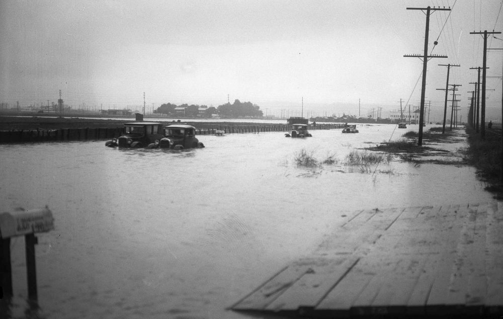 Los Angeles-flood-1920s-02
