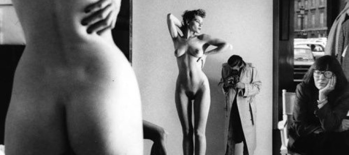 Biography: Fashion/Nude photographer Helmut Newton