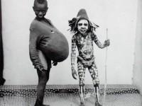 Biography: Portrait photographer Malick Sidibe