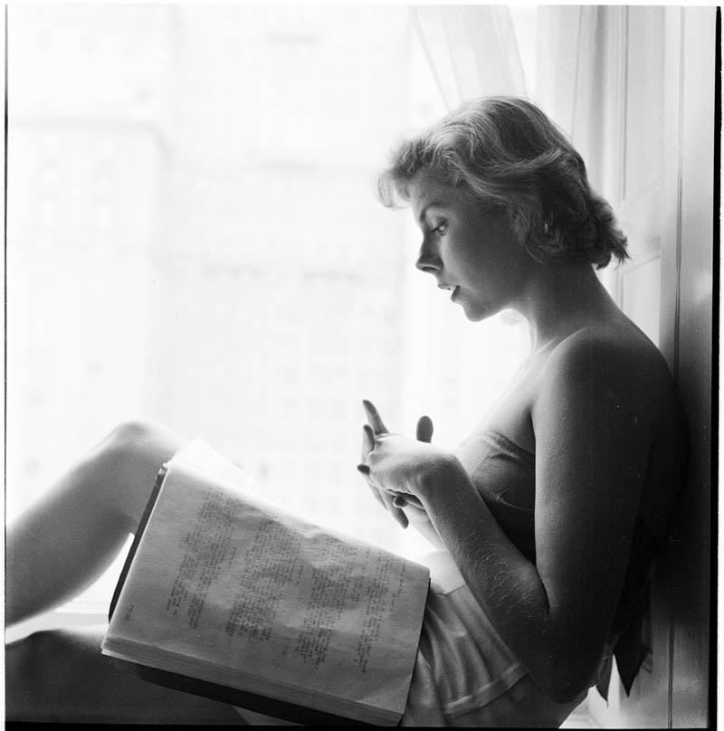 Betsy Von Furstenberg – 1949