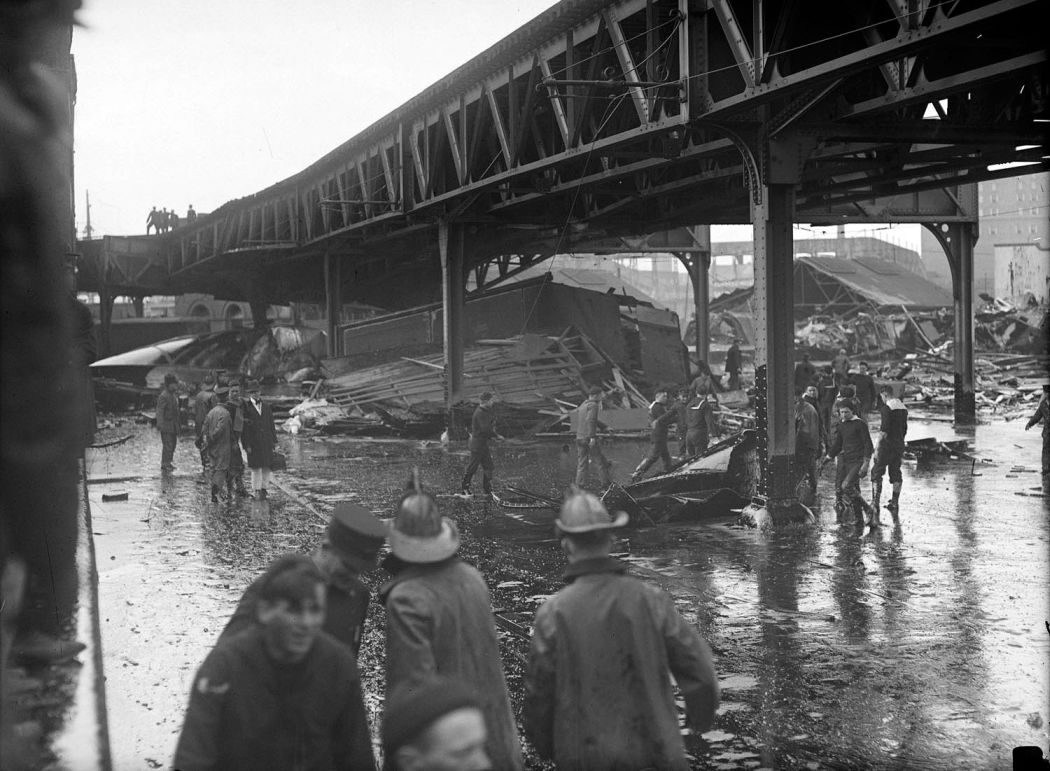 Boston-Molasses-Disaster-Flood-of-1919-02