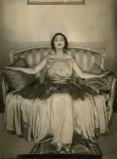Edward_Steichen_In_High_Fashion-02