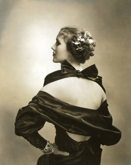 Edward_Steichen_In_High_Fashion-04