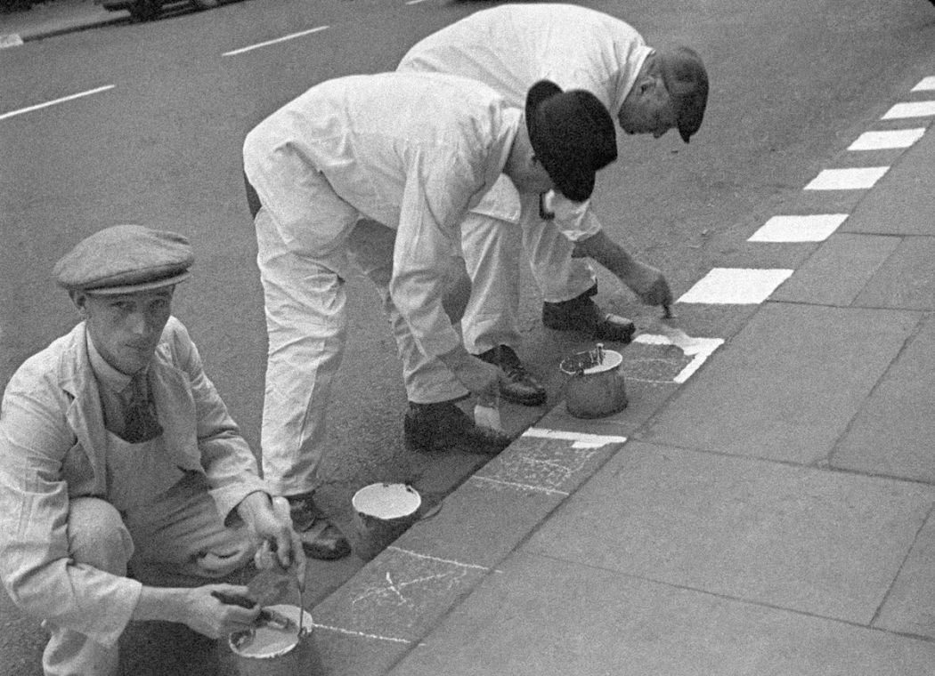 WWII London Kerb Painting