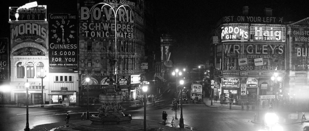 London in the Blackout (1939)