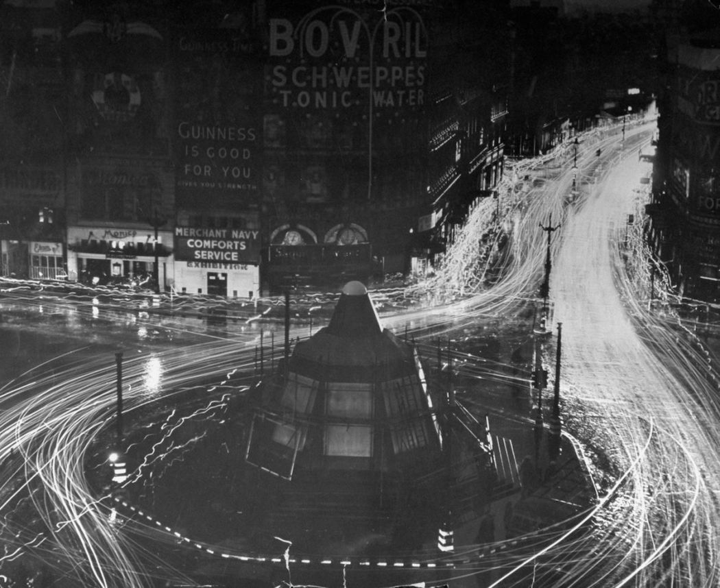 London In The Blackout 1939 Monovisions