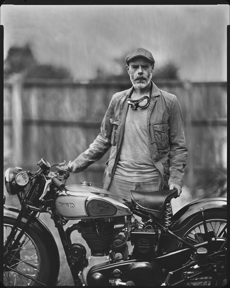 © Milosz Wozaczynski Man and the Norton motorcycle