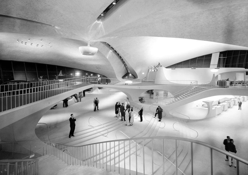 Neofuturistic-architecture-of-Eero-Saarinen-09