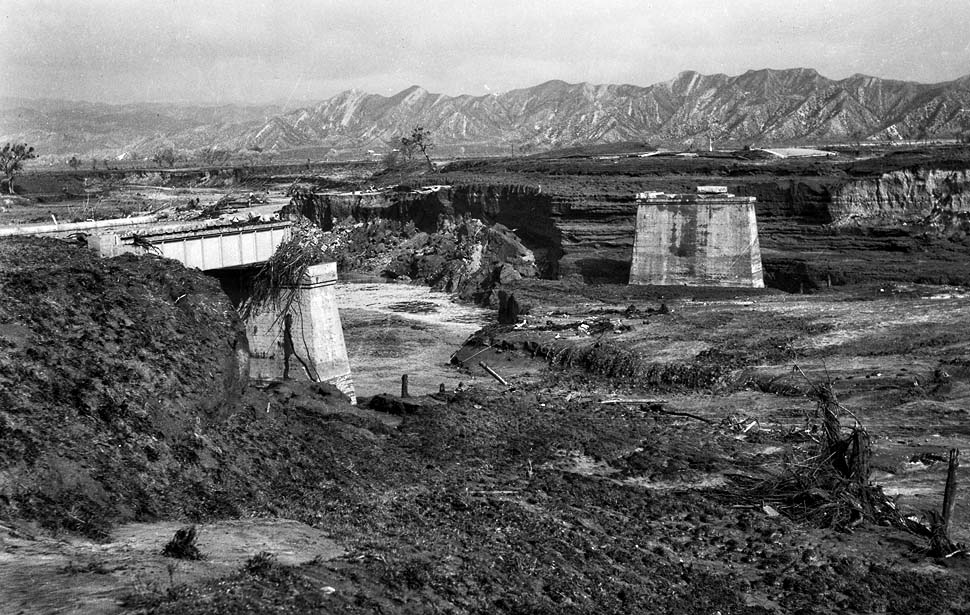 St.Francis-Dam-collapse-1928-03
