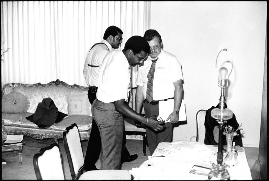 8-8-85 Det Lt Whitaker in homicide victims apartment