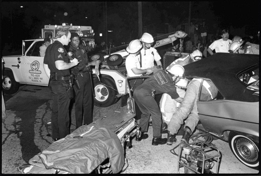 PPD-071 #23A  1-3-86  Sgt Wills and Officer Gales at DUI TC