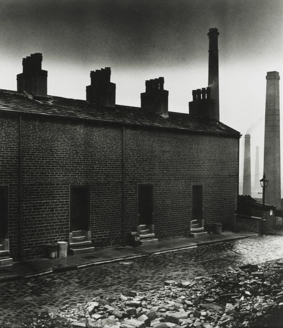 COAL MINERS' HOUSES WITHOUT WINDOWS TO THE STREET (EAST DURHAM), 1937