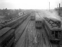 Historic photos of The Chicago  '​L '