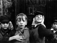 Biography: Street photographer Helen Levitt