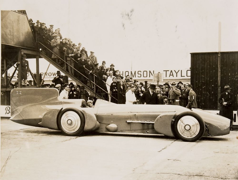 vintage-Motor-Racing-from-1920s-30s-08