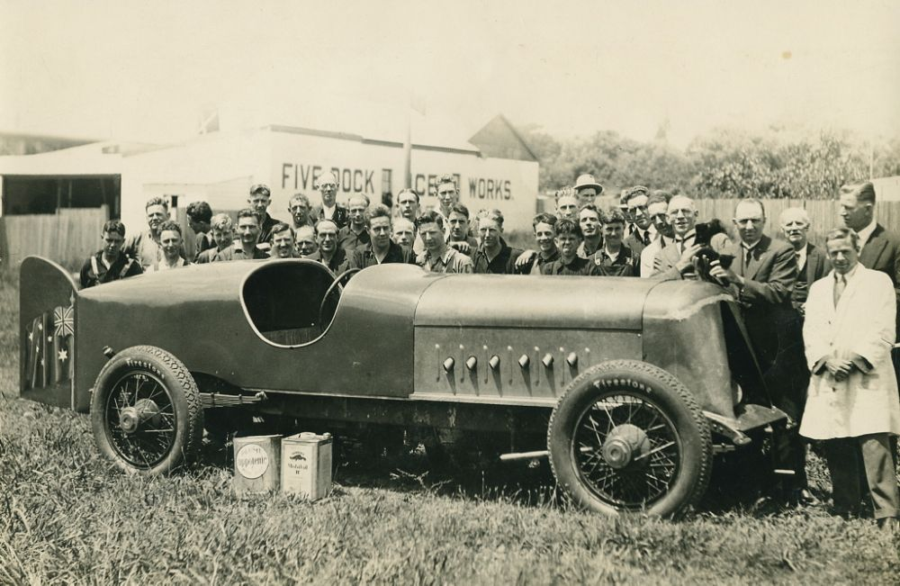 vintage-Motor-Racing-from-1920s-30s-09