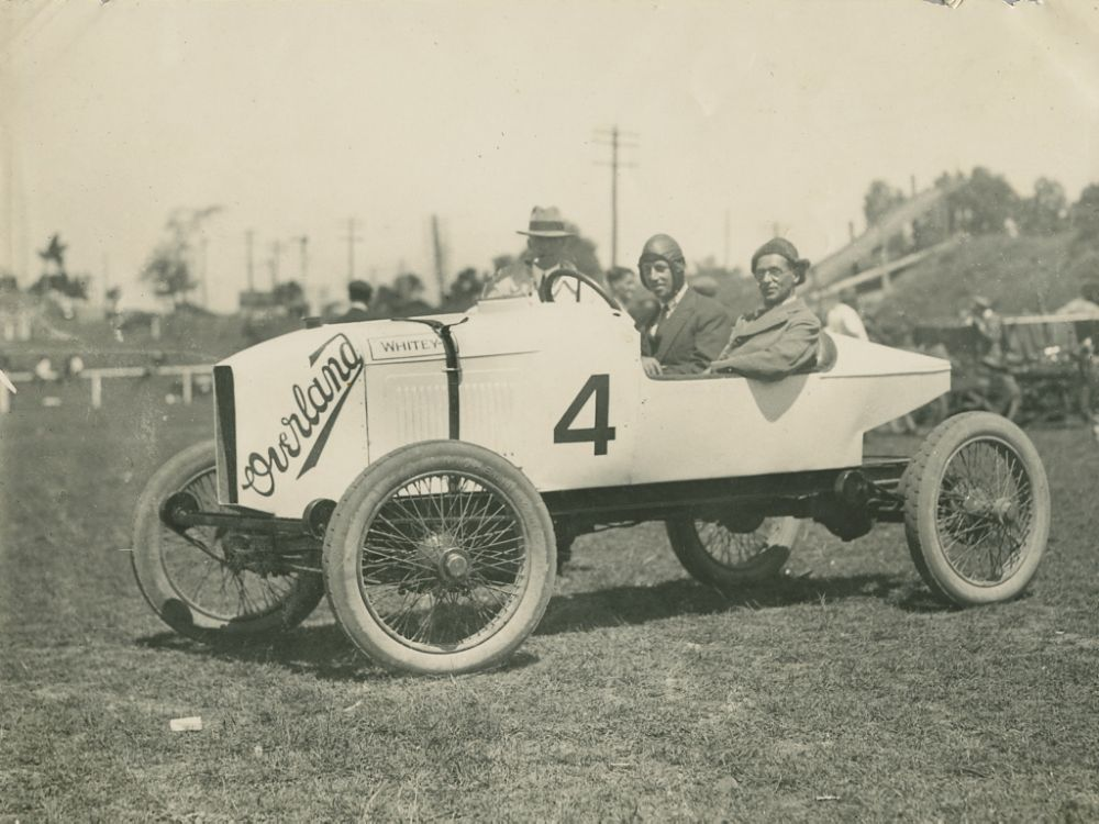 vintage-Motor-Racing-from-1920s-30s-11