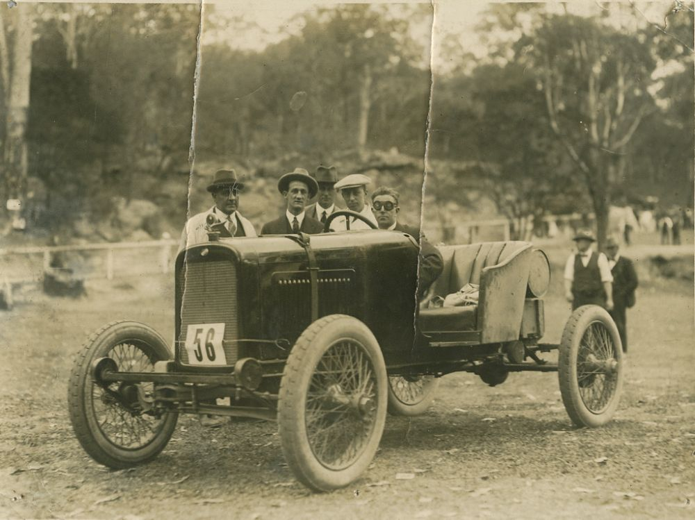 vintage-Motor-Racing-from-1920s-30s-18
