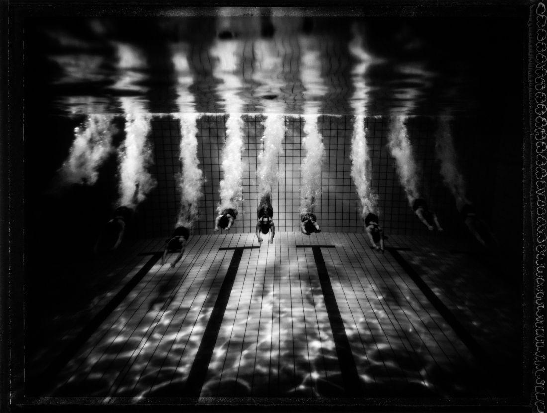 Tomasz-Gudzowaty-Synchronized-Swimming-06