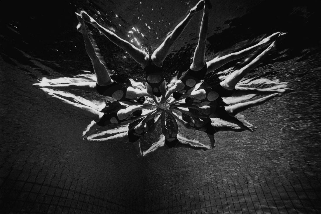 Ukraine's synchro swimmers. Warsaw, Poland 2007