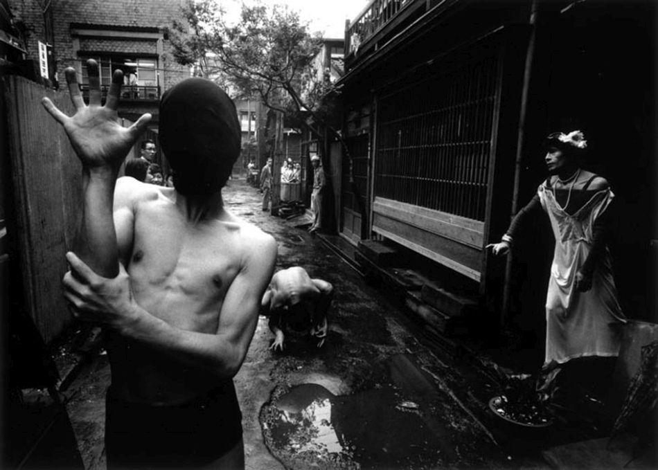 William-Klein-Tokyo-Danseurs-crabes-tirage-photo