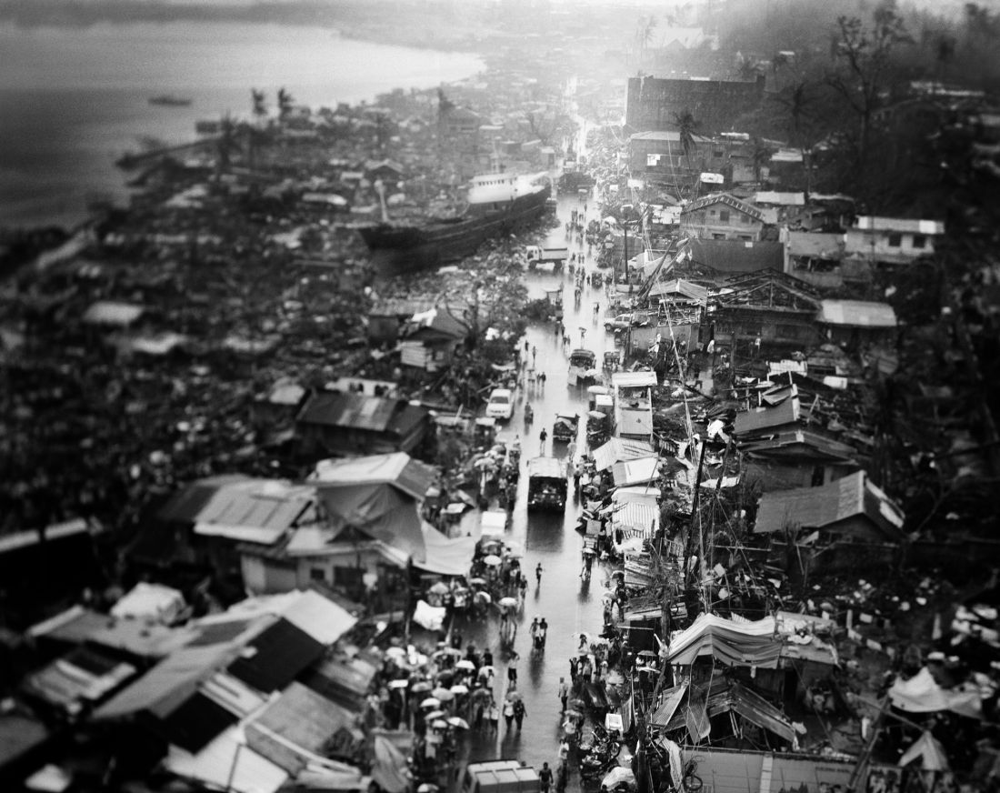 tomasz-gudzowaty-typhoon-haiyan-philippines-02