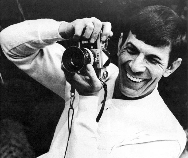 10-black-and-white-photos-of-celebrities-with-cameras-Leonard-Nimoy