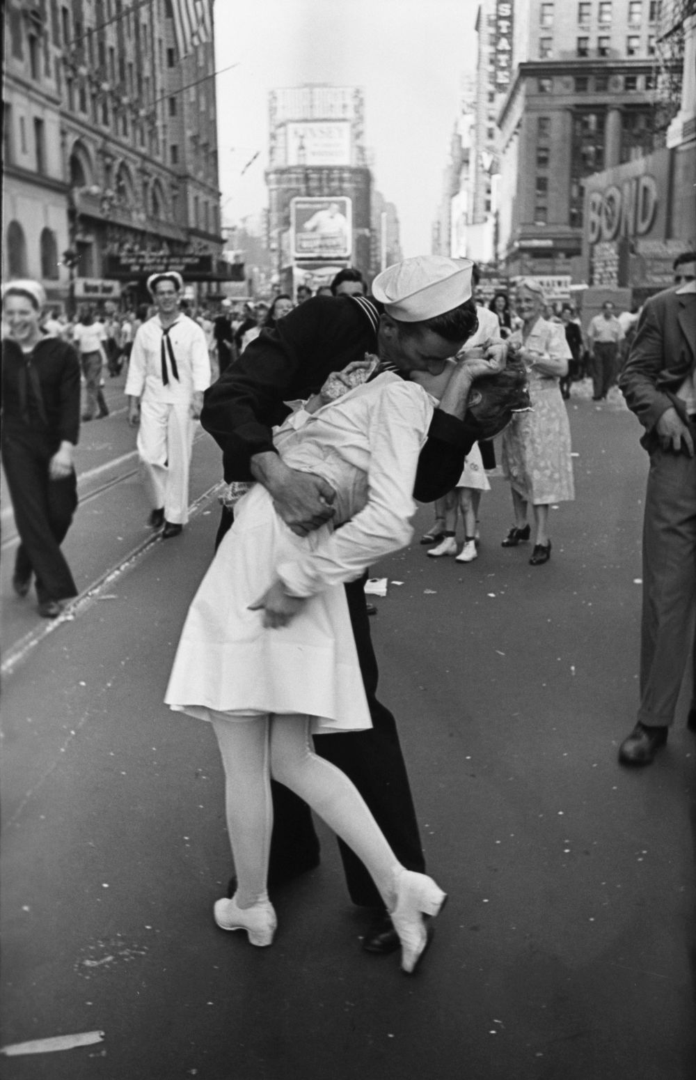 A Sailor and a Nurse in Times Square by Alfred Eisenstaedt
