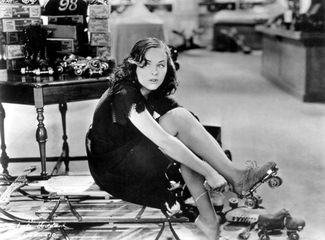Behind-the-scenes-Chaplin-Charlie-Modern-Times_(1936)-66