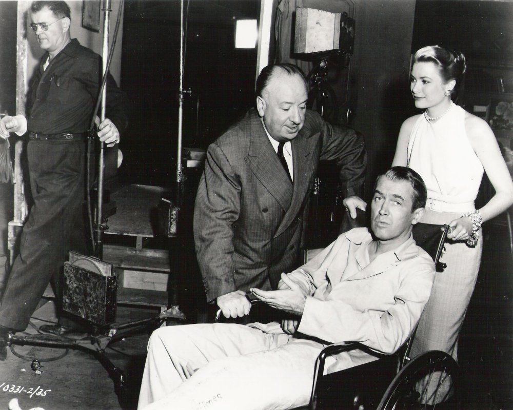 Behind-the-scenes-Rear-Window-(1954)-45