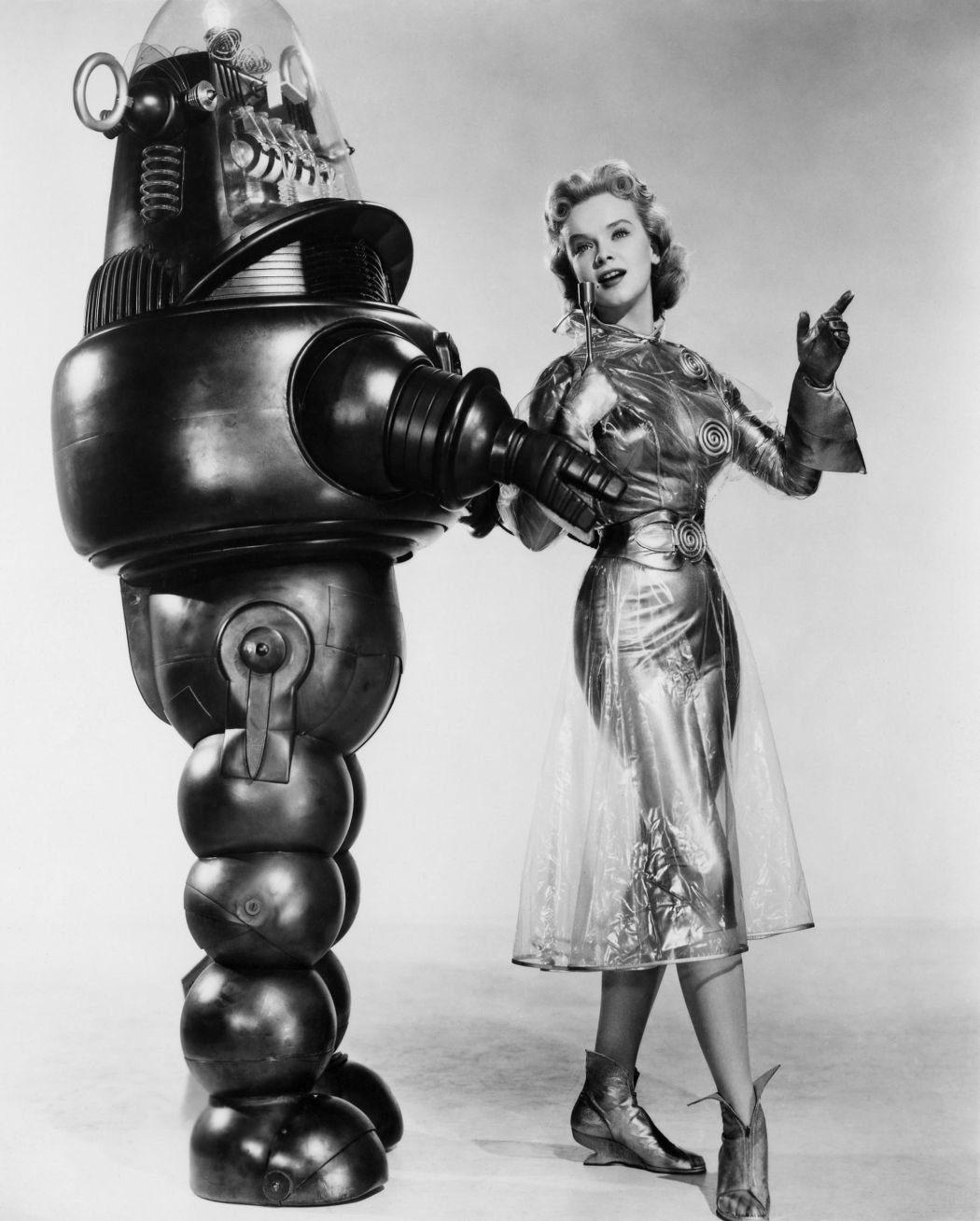 Forbidden-Planet-(1956)-32