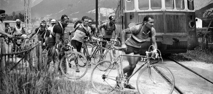 Historic Black and White images of Tour de France
