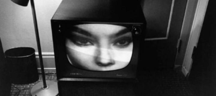 Biography: Documentary photographer Lee Friedlander