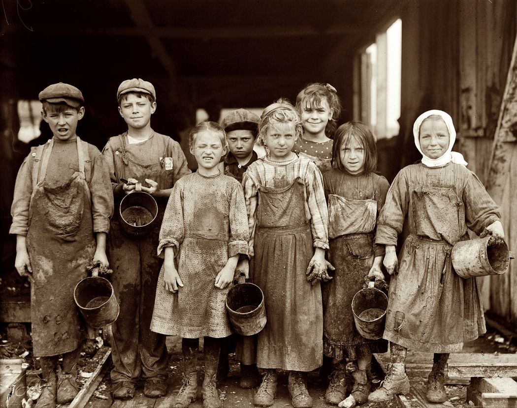 lewis-hine-child-labours-1913-40