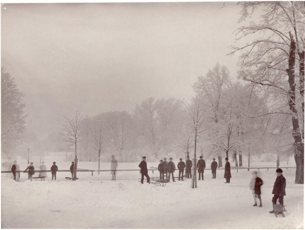 Winter in Humlegården, Stockholm, Sweden. People enjoying the winter in Humlegården park in Stockholm city. Date: 1880s
