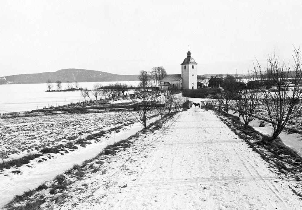 Värmland, Eda, Köla, Värmland, Byggnader-Religionsutövning - kyrkor-(01) Exteriörer