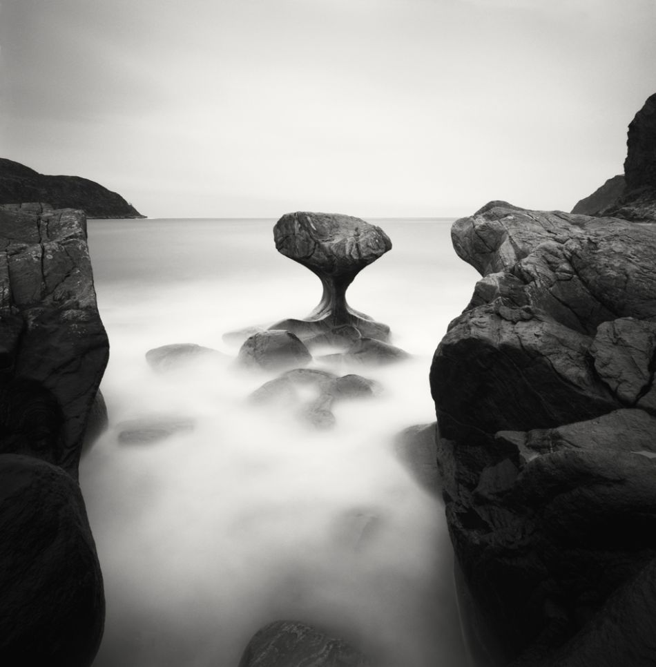 top-10-black-and-white-long-exposure-photographers-Hakan-Strand