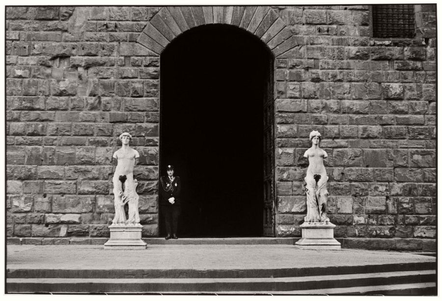 ITALY. Florence. 1949.  A guard at Palazzo Vecchio.