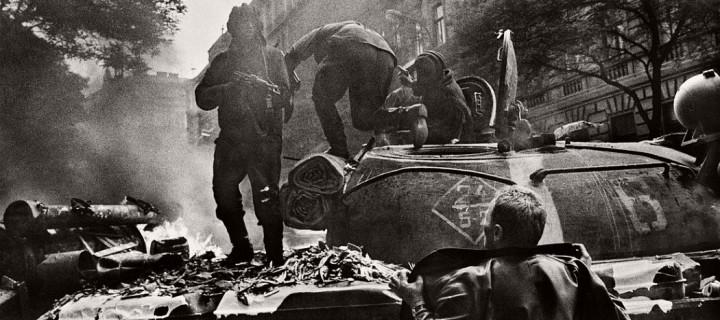 Josef Koudelka – Invasion 68 Prague