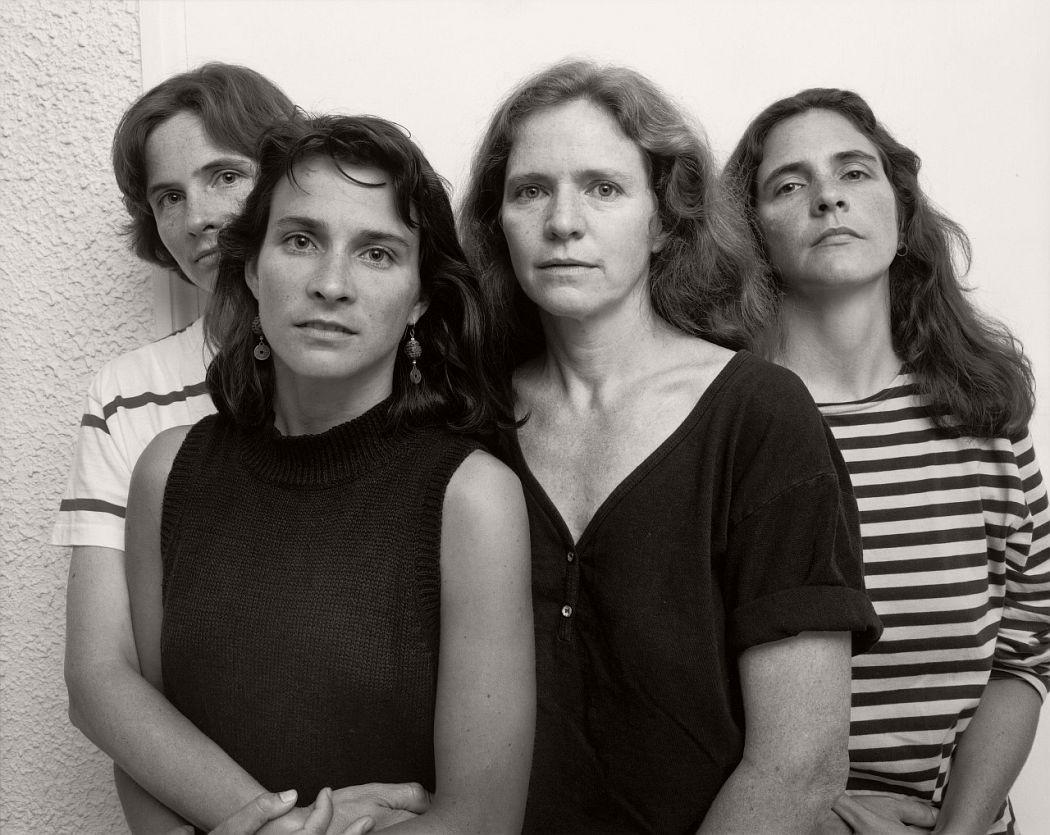 nicholas-nixon-the-brown-sisters-40-years-05