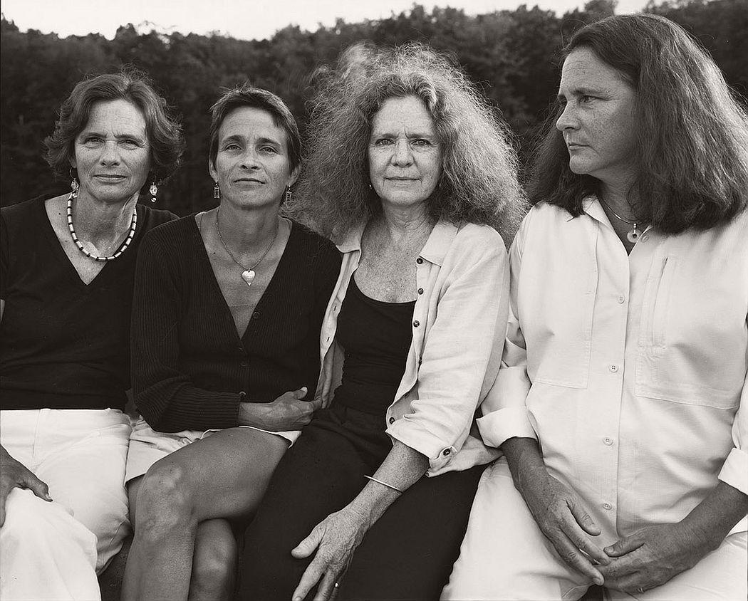 nicholas-nixon-the-brown-sisters-40-years-06