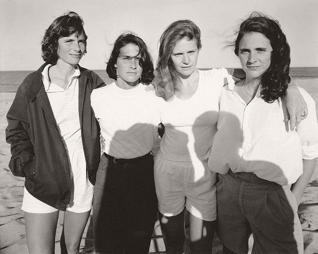 nicholas-nixon-the-brown-sisters-40-years-09