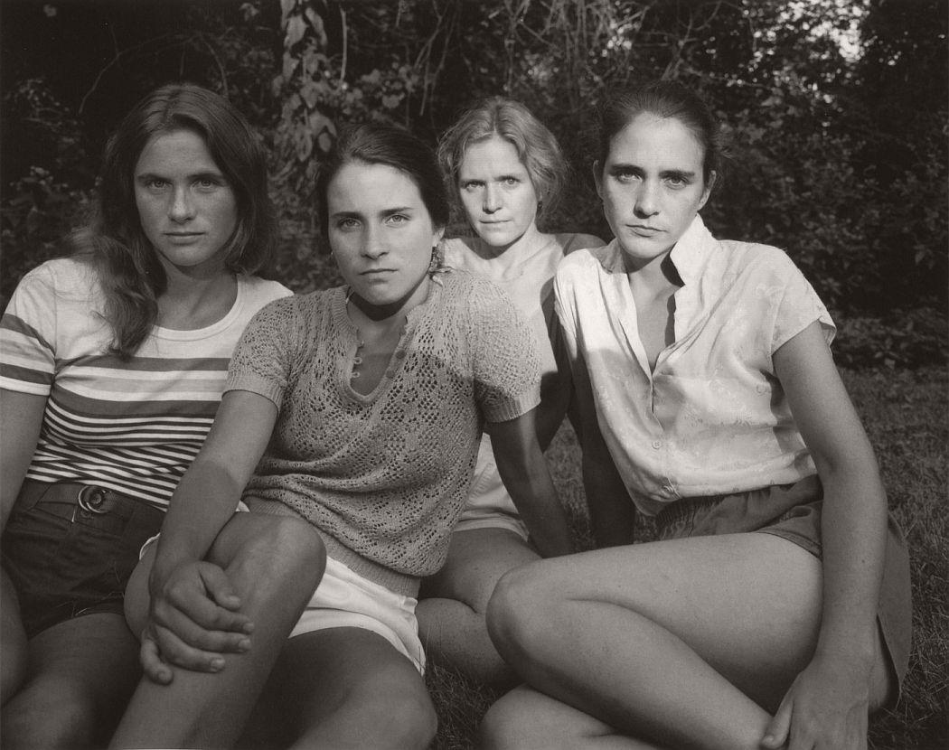 nicholas-nixon-the-brown-sisters-40-years-11