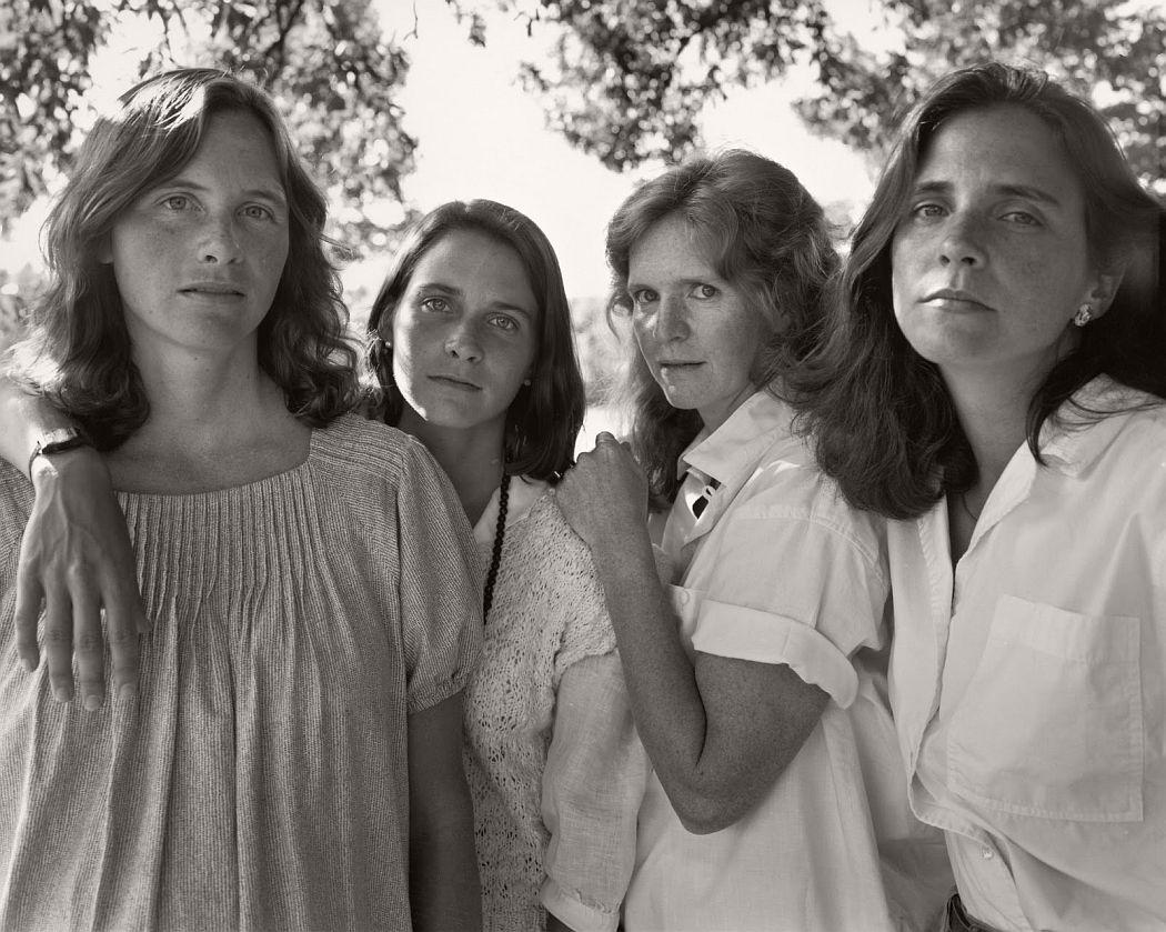 nicholas-nixon-the-brown-sisters-40-years-15